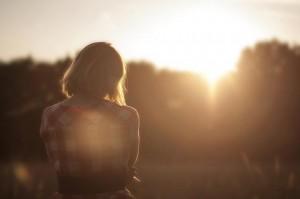 Psychische Faktoren führen mFrau denkt nach